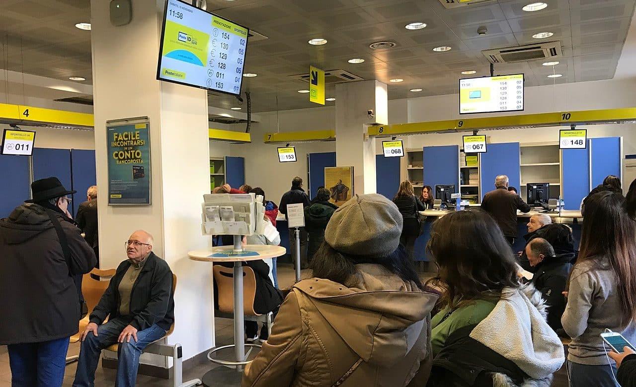 Bollettino Online Fila e Caos Ufficio Postale