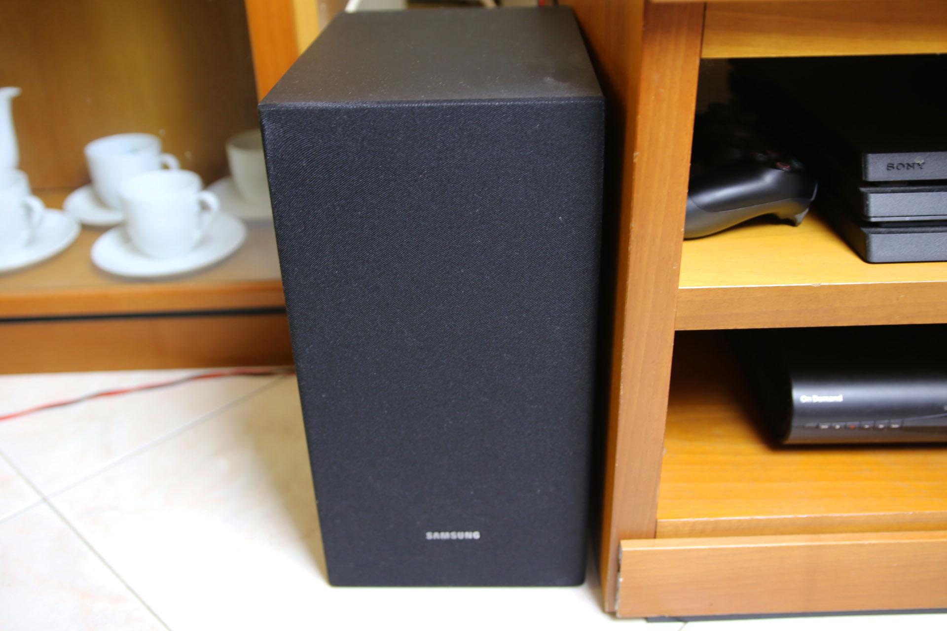 Samsung R430 Subwoofer Soundbar