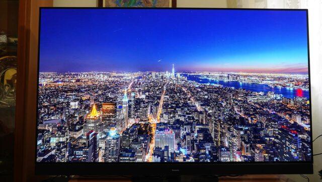 Panasonic HZ1500 TV OLED 4K HDR Immagine Notte New York